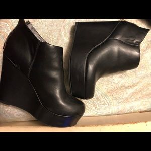 Call It Spring 90's chunky grunge boot wedge heels